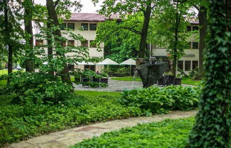 Farmona Hotel Business & SPA Hotel - Terrace - 88