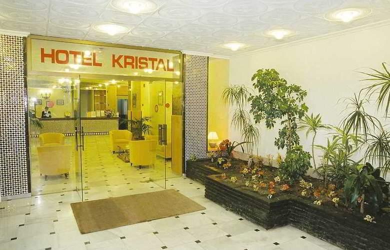 Kristal - Hotel - 0
