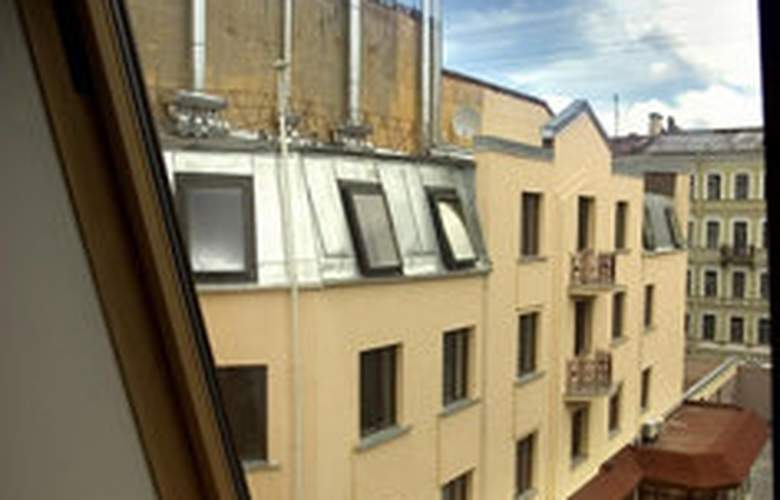 Brothers Karamazov - Hotel - 0
