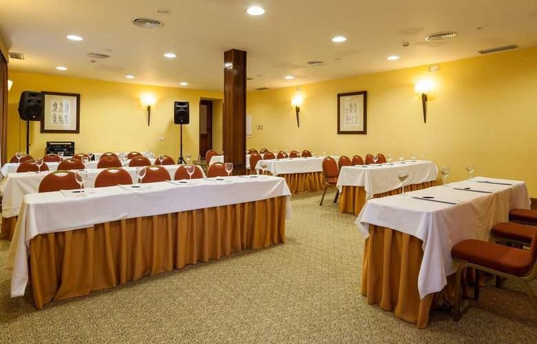 Ilunion Mérida Palace - Conference - 4