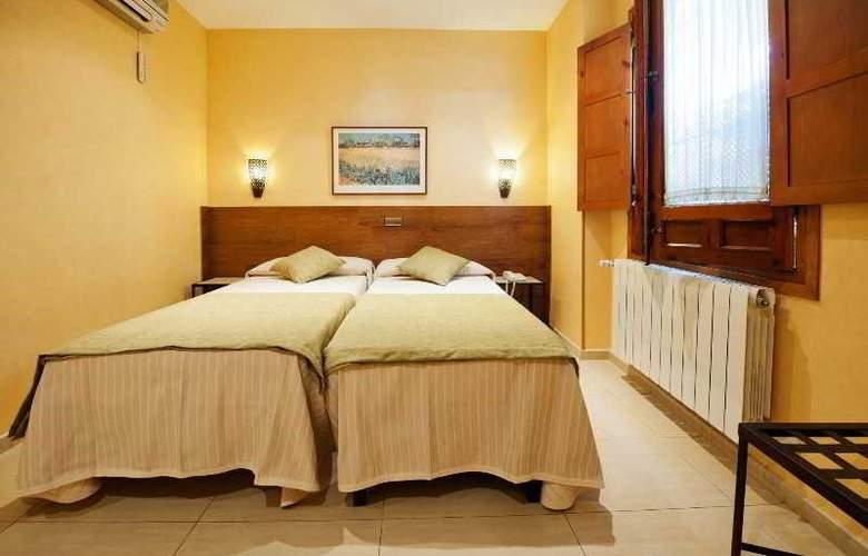 Hotel Sol - Room - 17