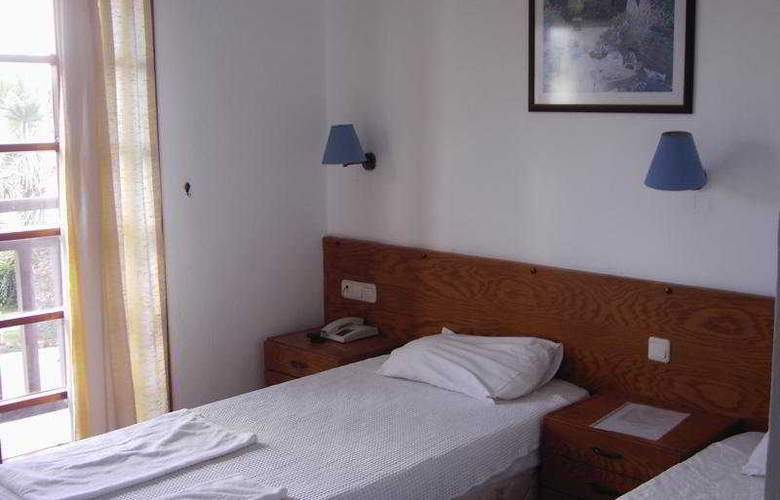 Orion Hotel - Room - 4