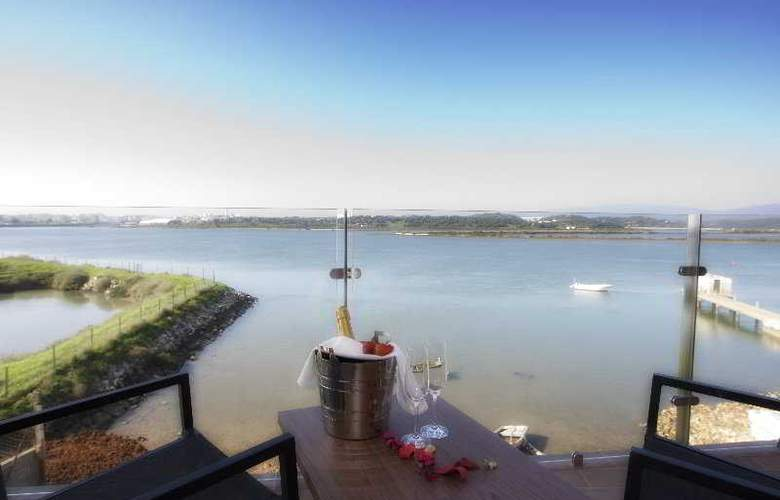 Agua Hotels Riverside - Terrace - 28