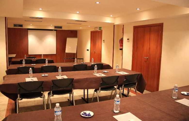 Aranea - Conference - 15