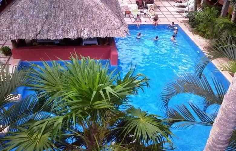 Villas Arqueológicas Chichén Itzá - Pool - 24