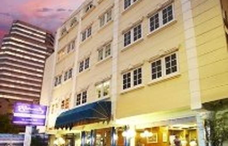 Sawasdee Langsuan Inn - Hotel - 0