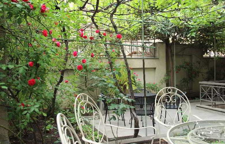 Iliani Hotel - Terrace - 5
