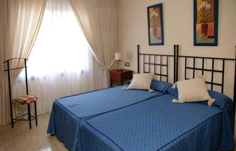 Albir Confort Avenida Golf - Room - 3