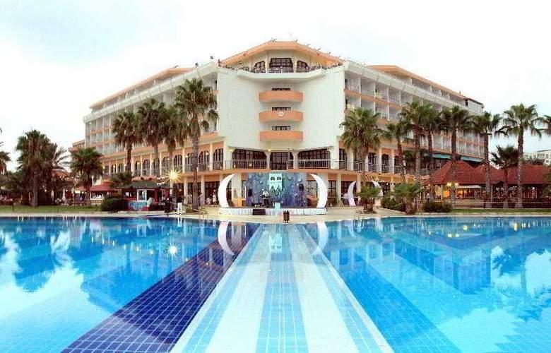 Adora Golf Resort - Pool - 4