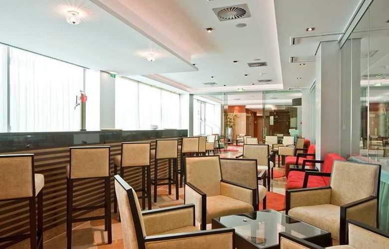 Montegordo Hotel Apartamentos & Spa - Bar - 14