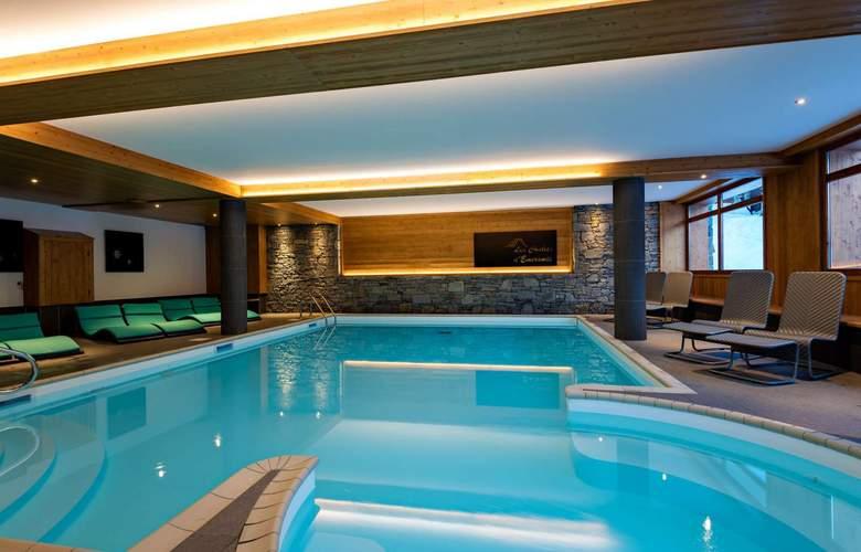 Lagrange Prestige Les Chalets d'Emeraude - Pool - 4
