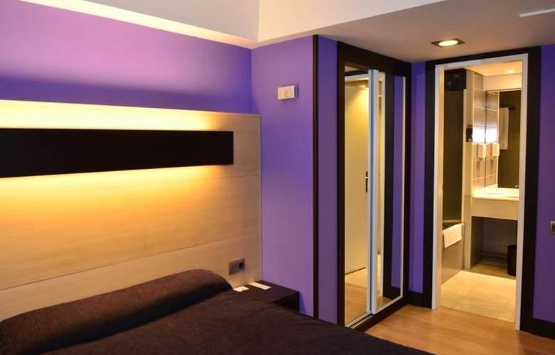 Ciudad de Logroño - Room - 9