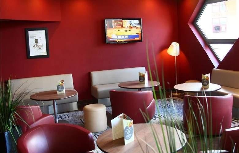 Campanile Nice Aeroport - Hotel - 4