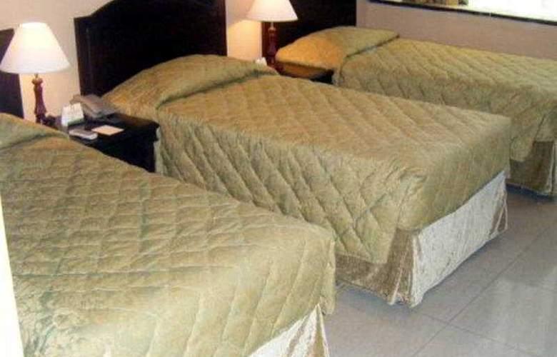 Royal Falcon Hotel - Room - 3
