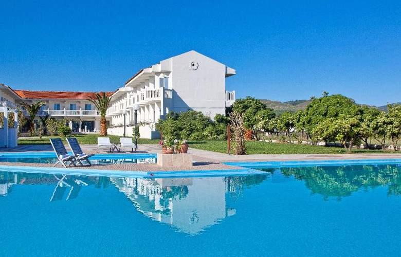 Chryssana Beach - Pool - 4