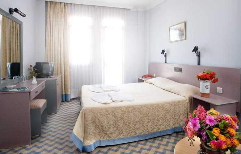 Hanedan Beach - Room - 5