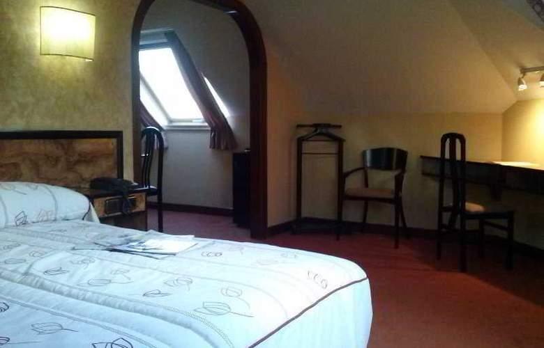 Castro - Room - 7