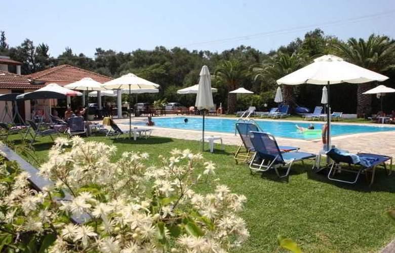 Yannis - Hotel - 13