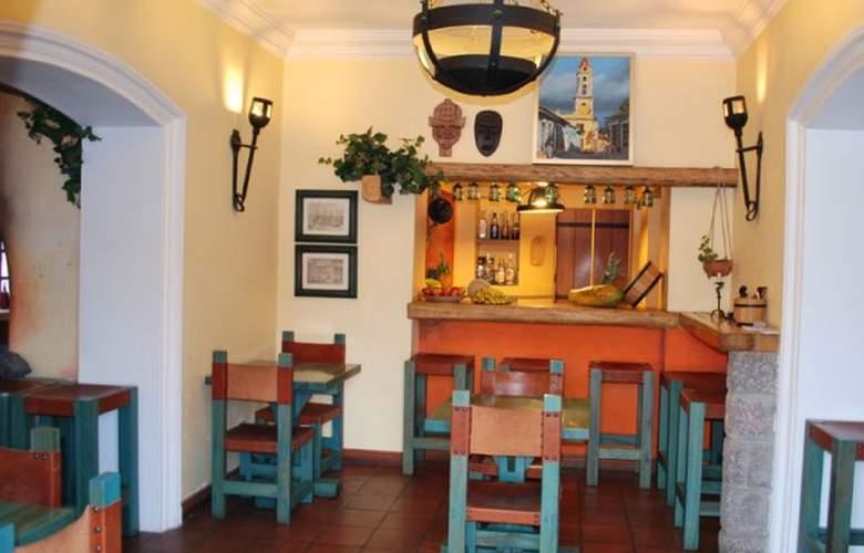 Vieja Cuba Quito - Bar - 2