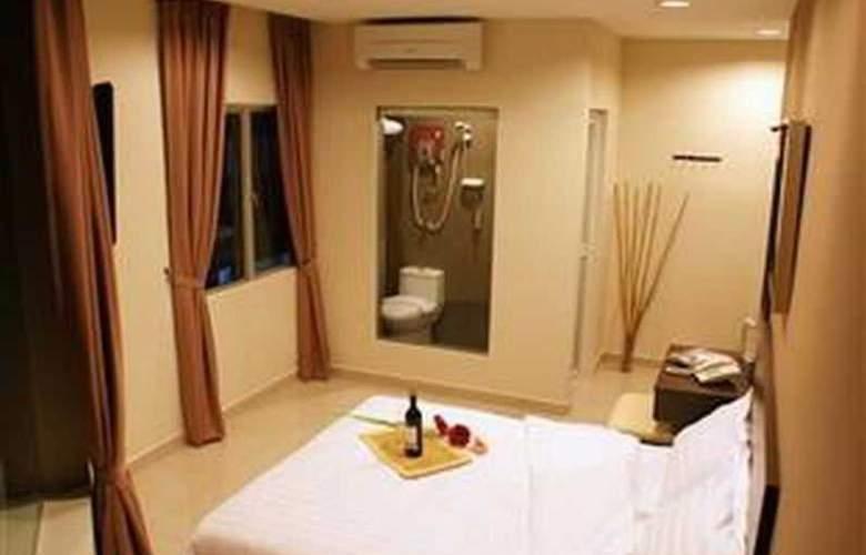 Izumi Hotel - Room - 17