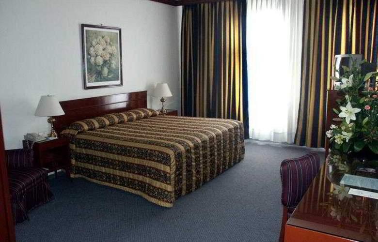 Ritz México - Room - 7