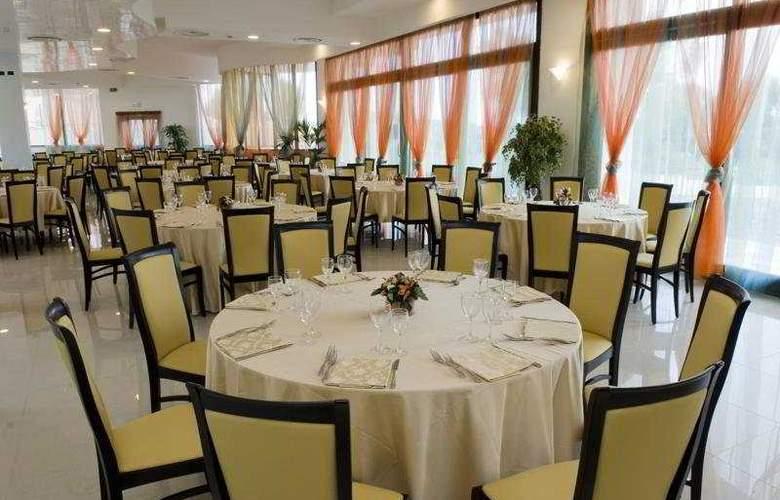 Grand Hotel Sofia - Restaurant - 8