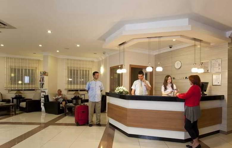 Remi Hotel - General - 1