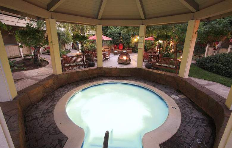 Best Western Sonoma Valley Inn & Krug Event Center - Pool - 104