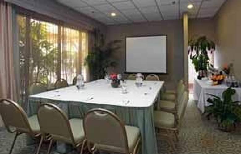 Quality Inn & Suites Hermosa Beach - General - 2