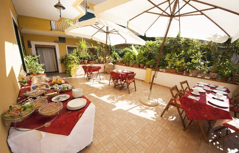 Donna Rosa Hotel - Restaurant - 3