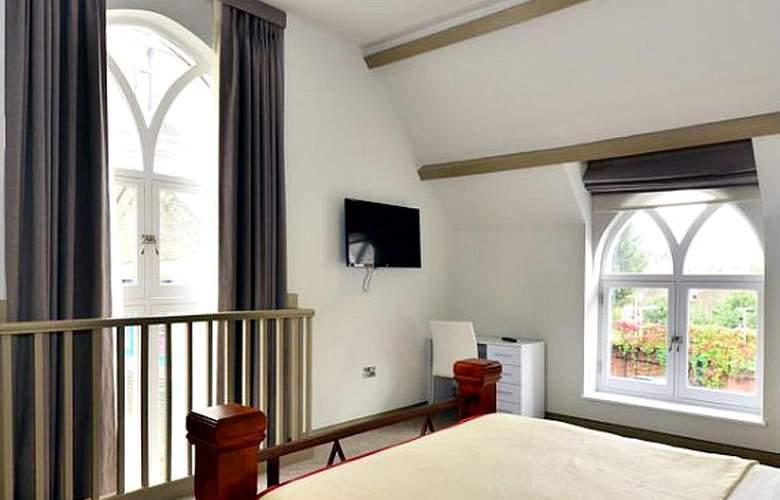SO Arch - Room - 4