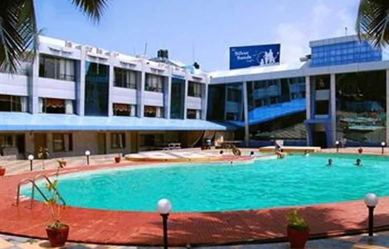 Silver Sands Beach Resort - Pool - 12