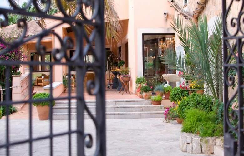 Mon Port Hotel Spa - Hotel - 9