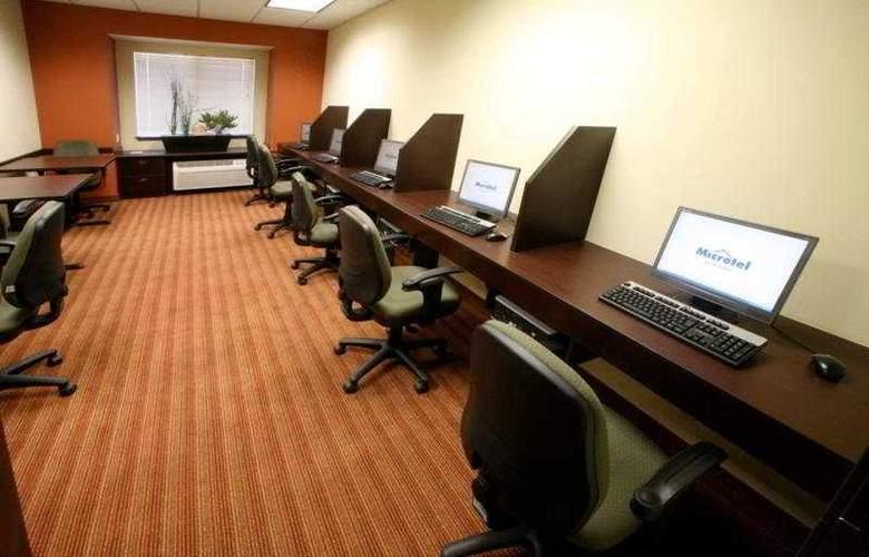 Microtel Inn & Suites Toluca - General - 1