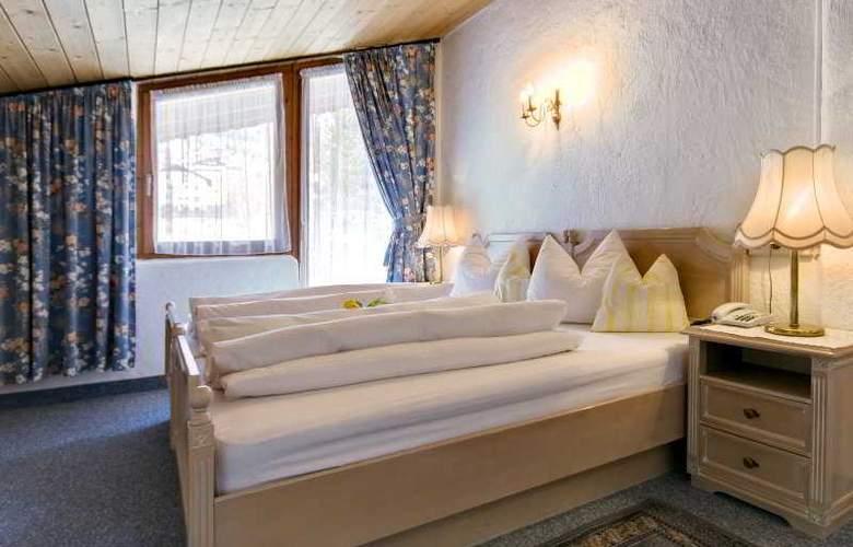 Gisela Hotel - Room - 4