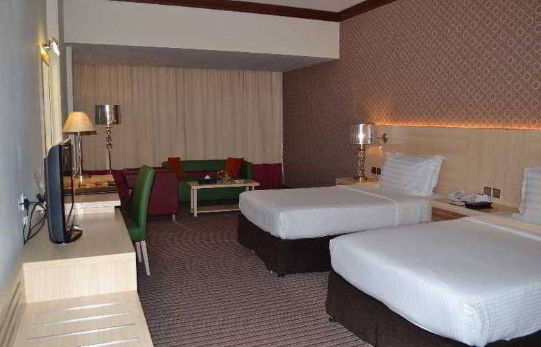Saffron Boutique Hotel - Room - 4