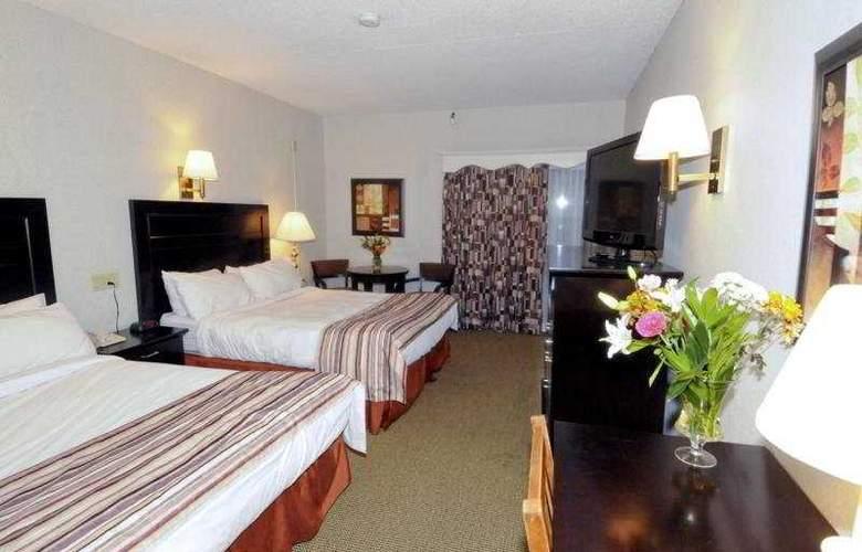 Ramada Fredericton - Room - 3