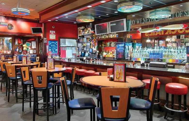 Orleans Hotel & Casino - Bar - 8