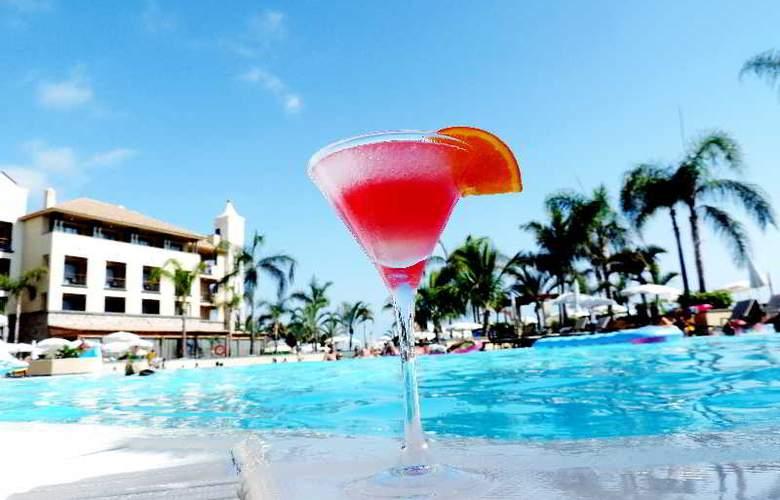 GF Gran Costa Adeje - Pool - 24