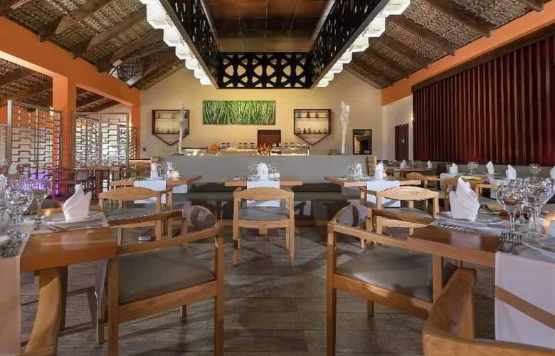 Tropical Princess All Inclusive - Restaurant - 40