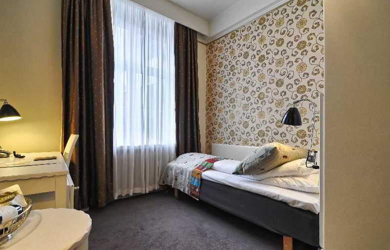 Grand Terminus - Room - 7
