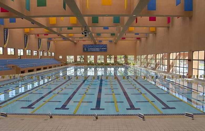 Camino Real San Luis Potosi - Pool - 0