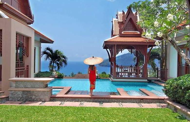 Diamond Cliff Resort and Spa - Pool - 4