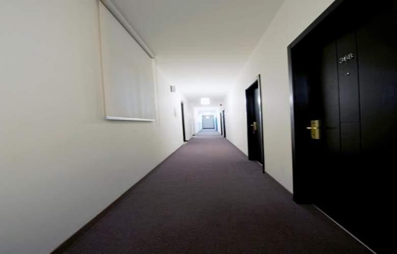 Le Cavalier - Room - 18