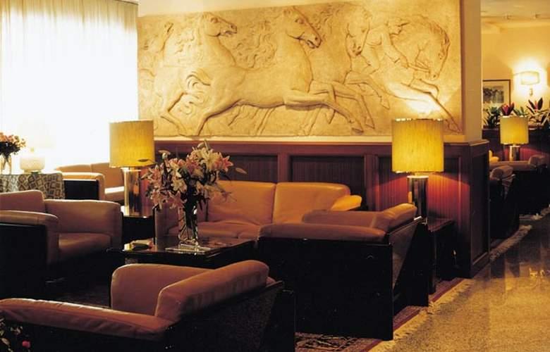Ascot Milano - Hotel - 0