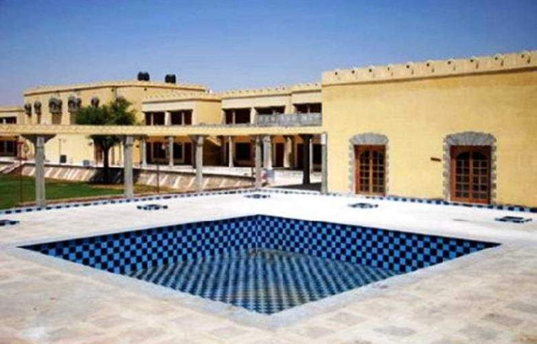 Tulip Inn Mandawa - Pool - 5