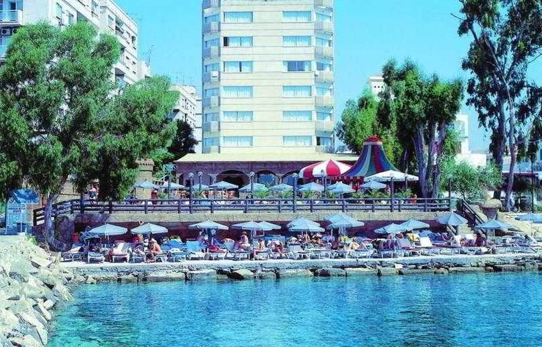 Crusader Beach Hotel - General - 1