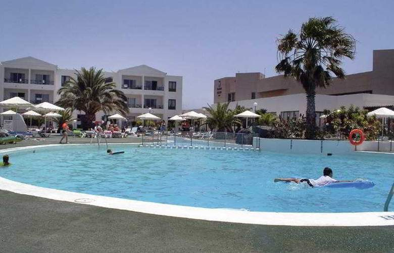 Blue Sea Costa Teguise Beach - Pool - 2