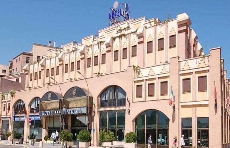 Zentral Mayoral - Hotel - 0