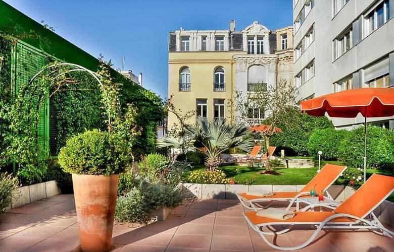 Mercure Centre Notre Dame - Hotel - 43